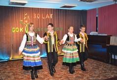 Zespół Taneczny Folwark - polonez (link otworzy duże zdjęcie)