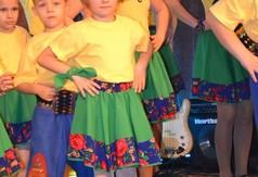 Zespół Taneczny Folwark - grupa najmłodsza (link otworzy duże zdjęcie)