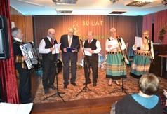 występ Zespołu Ludowego z Księżomierzy (link otworzy duże zdjęcie)