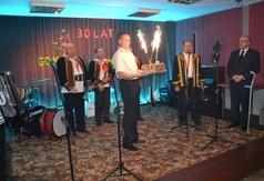 jubileuszowy tort (link otworzy duże zdjęcie)